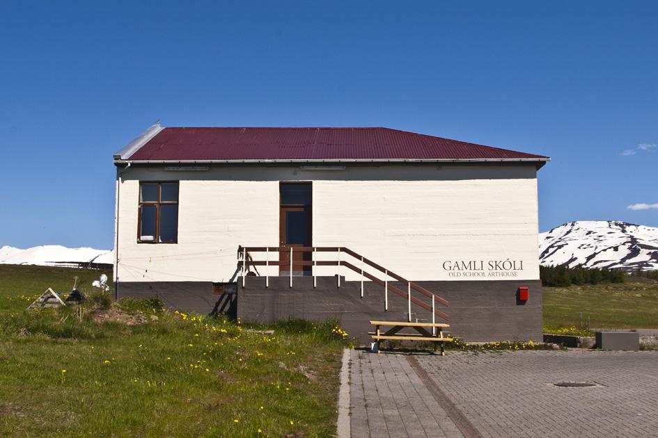 Gamlí Skolí, Iceland
