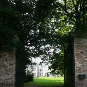 Artist-Residency-Centre-Pompadour-portail